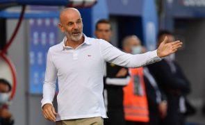 Covid-19: Treinador do AC Milan com teste positivo