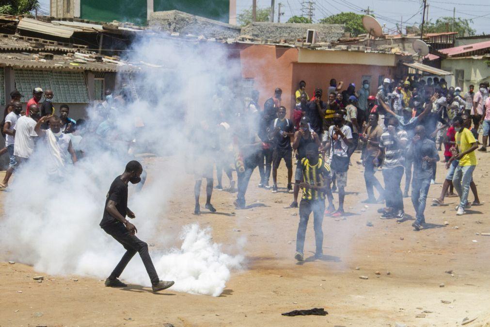 Confrontos em manifestação em Luanda configuram