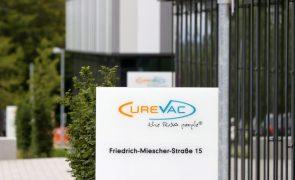 Covid-19: Bruxelas assina acordo com CureVac para garantir 5.ª vacina para UE