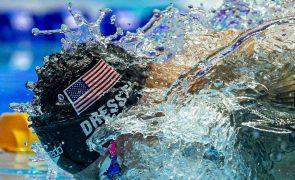 Caeleb Dressel bate recorde do mundo dos 100 metros estilos de piscina curta