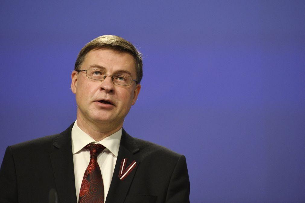 Portugal não é o país mais endividado da UE mas deve resguardar-se