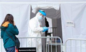 Covid-19: Espanha tem 15.318 novos casos e 351 óbitos