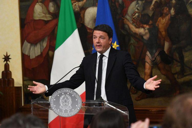 Referendo a reforma constitucional em Itália rejeitado com 59,95% dos votos - oficial