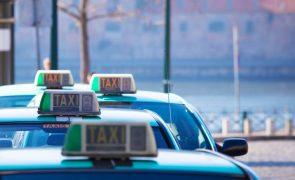 Andante e Lisboa Viva poderão servir para viajar de táxi no Porto e em Lisboa