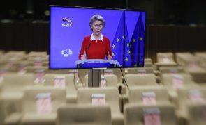 Brexit: UE admite progressos mas adverte que resta muito trabalho e pouco tempo