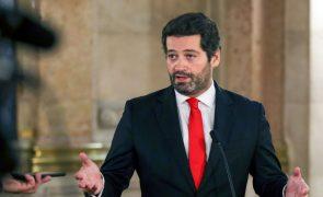 Presidenciais: André Ventura 'bate' sozinho João Ferreira e Marisa Matias juntos