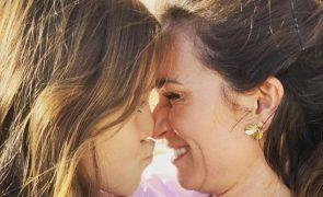 Cláudia Vieira em pânico por causa da filha Maria. Entenda o que se passou