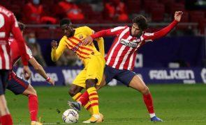 Atlético Madrid agrava crise do FC Barcelona e iguala Real Sociedad na frente