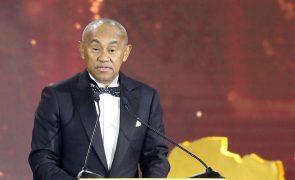 Presidente da CAF suspenso cinco anos por ilícitos financeiros