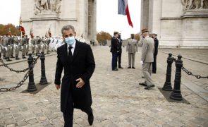 Adiado o julgamento do ex-Presidente francês Sarkozy por corrupção
