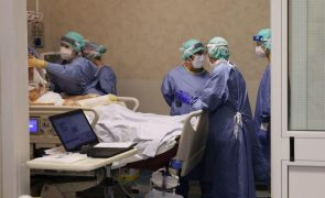 Covid-19: Itália regista 853 mortes num dia, o pior número desde março