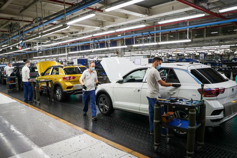 Dezenas de trabalhadores da Autoeuropa queixam-se de sobrecarga de trabalho