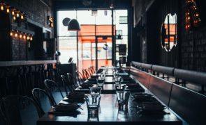 Covid-19 leva dois terços de clientes a deixarem de ir a restaurantes
