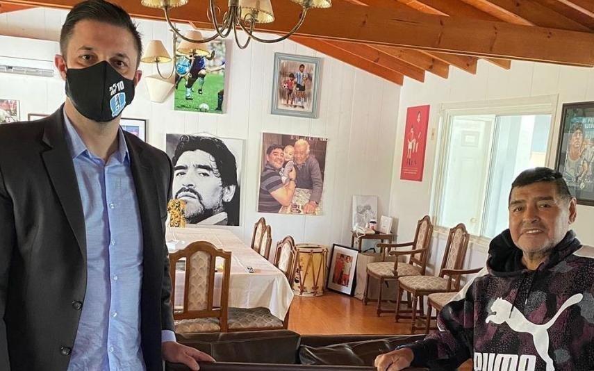 Advogado de Maradona exige investigação à morte de El Pibe