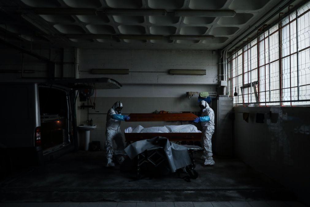 Covid-19: Quase 82% do acréscimo de mortes atribuído à doença - INE