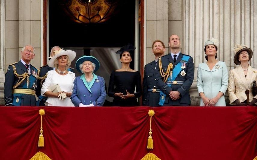 Família real britânica separada com planos para o Natal longe de Sandringham