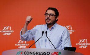Nunca seremos primeiro violino de orquestra dirigida por sociais-democratas, diz líder parlamentar do PCP