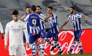 Real Madrid irreconhecível perde em casa com Alavés