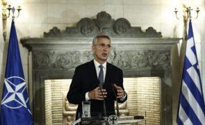 Stoltenberg convida Biden para cimeira da NATO no início do próximo ano