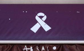 Abraço apela ao rastreio do VIH/sida e diz que quem está em tratamento não transmite a doença