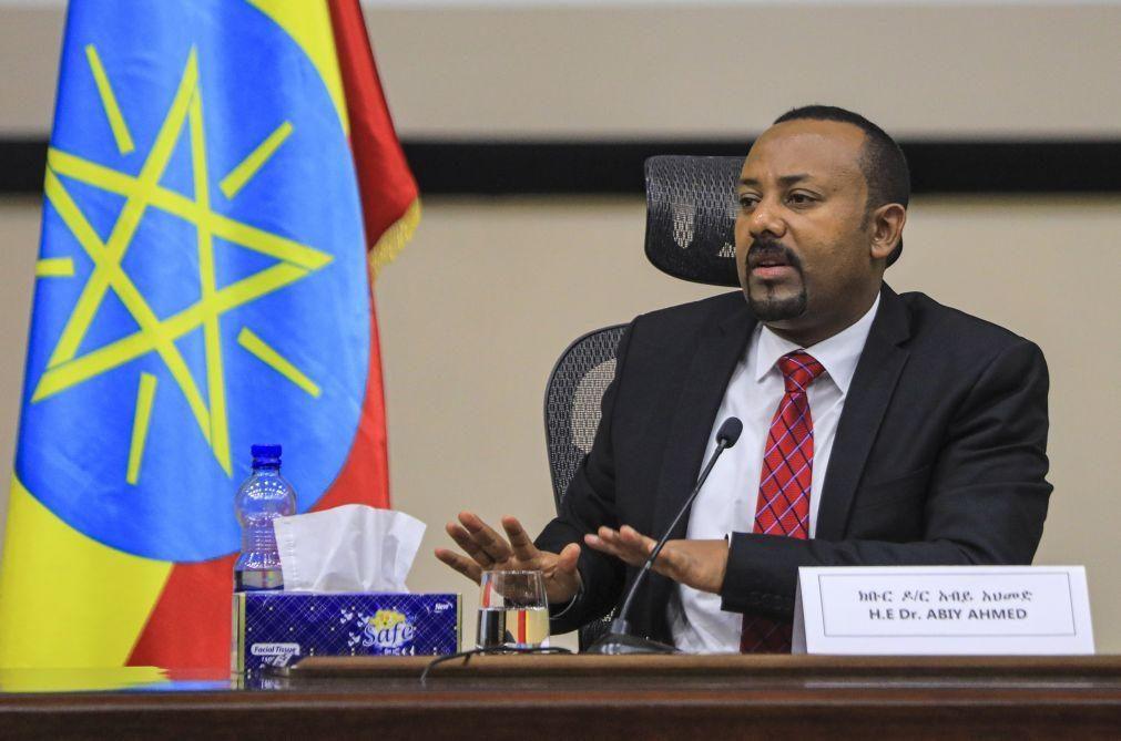 Primeiro-ministro etíope afirma saber onde se encontram líderes do Tigray em fuga
