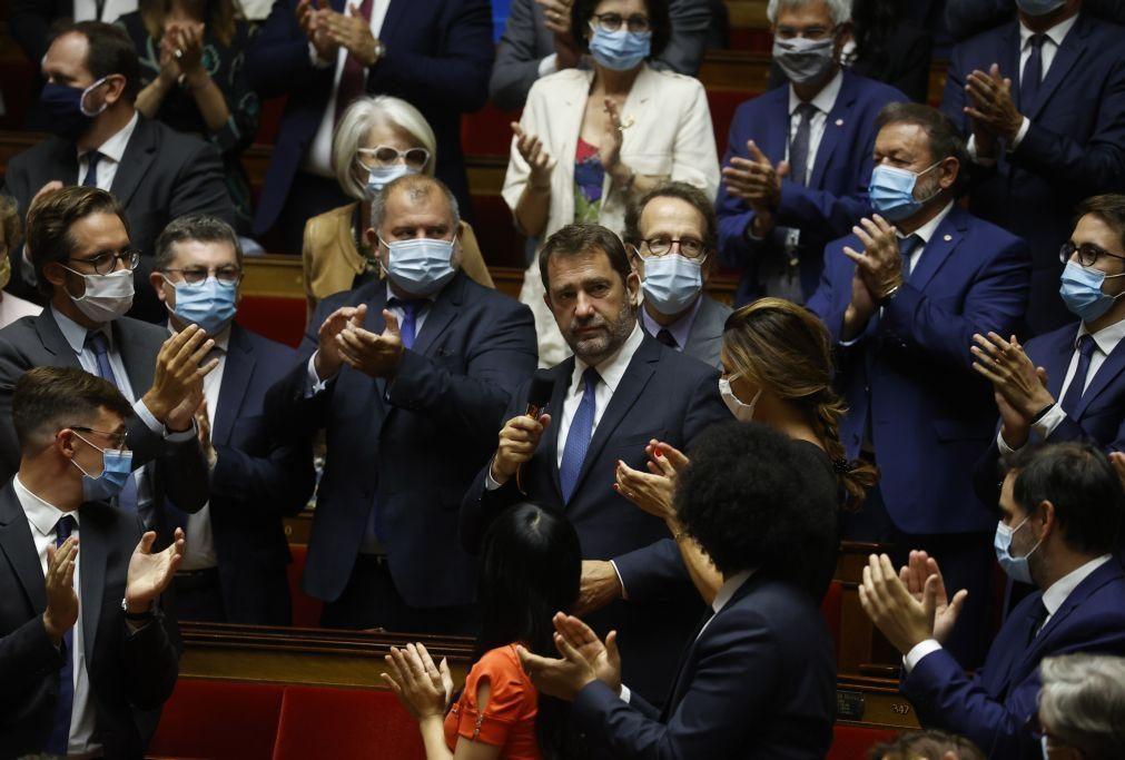 Maioria parlamentar francesa vai reescrever polémico artigo de lei de segurança