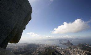 Défice fiscal brasileiro sobe 172% de janeiro a outubro e dívida segue em alta