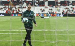 Esta é a primeira mulher a arbitrar um jogo da Liga dos Campeões de futebol