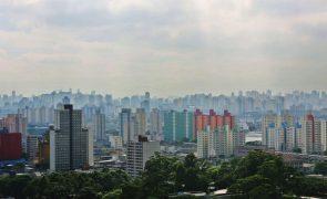 Covid-19: Estado brasileiro de São Paulo endurece restrições após alta de casos na pandemia