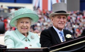 Rainha Isabel II passa Natal no Castelo de Windsor