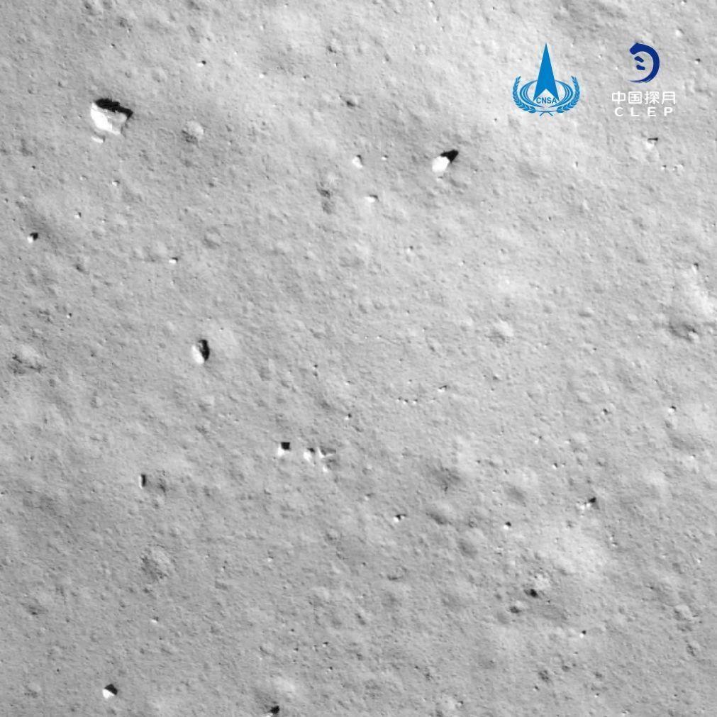 Sonda espacial chinesa pousa na Lua para trazer rochas e detritos para a Terra