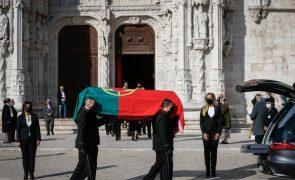 Tolentino Mendonça diz que caixão de Eduardo Lourenço