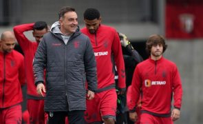 LE: Carlos Carvalhal garante Sporting de Braga na máxima força na Grécia