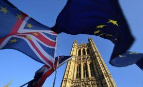 Brexit: Milhares de europeus vulneráveis podem perder direito de viver no Reino Unido