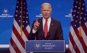 Joe Biden vai pedir aos norte-americanos que usem máscara por 100 dias