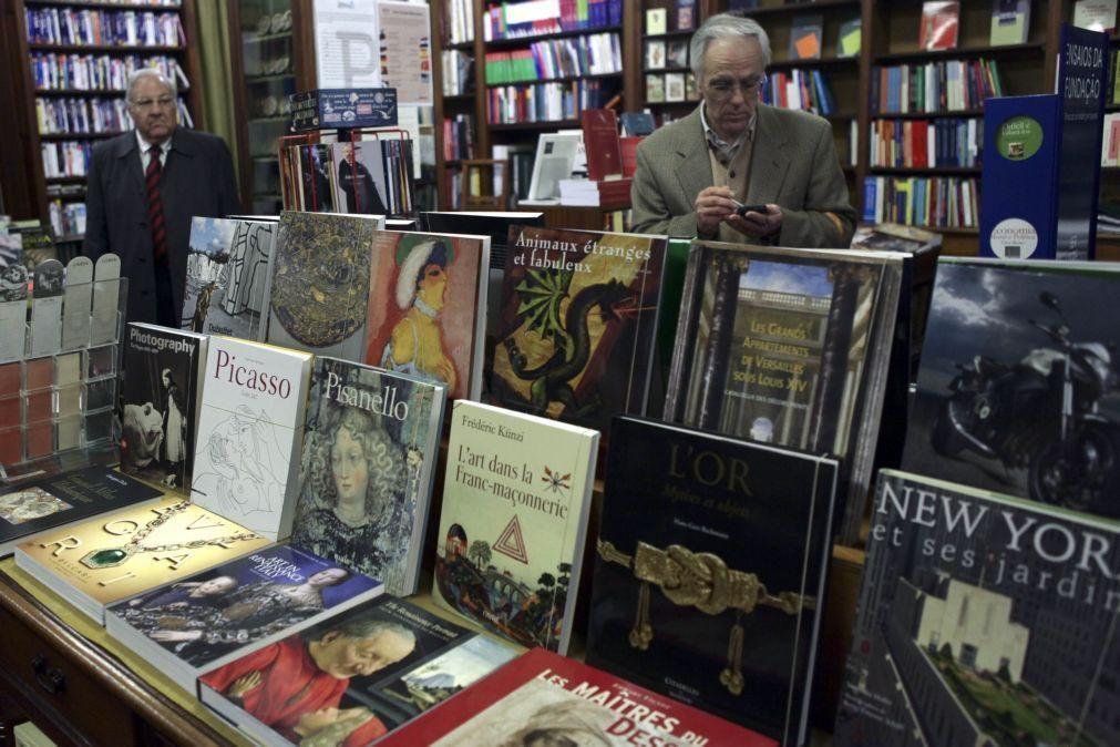 APEL pede que se ofereçam livros no Natal, livrarias criam novas formas de sobreviver