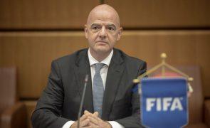 Presidente da FIFA diz que o VAR está a ajudar o futebol