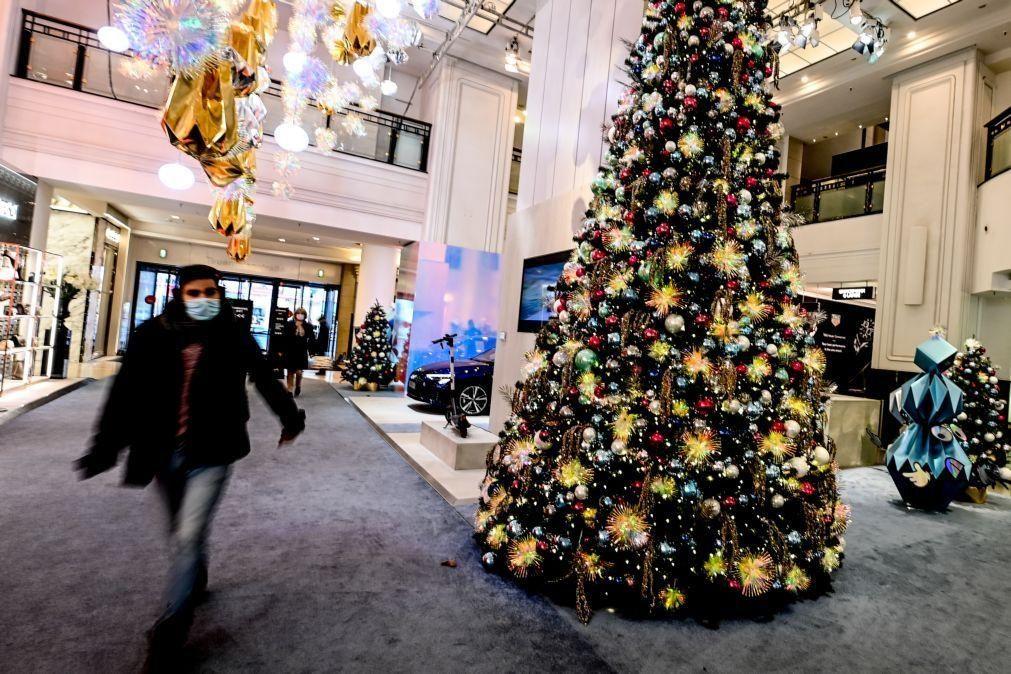 Covid-19: Europa suaviza algumas restrições durante as festas natalícias