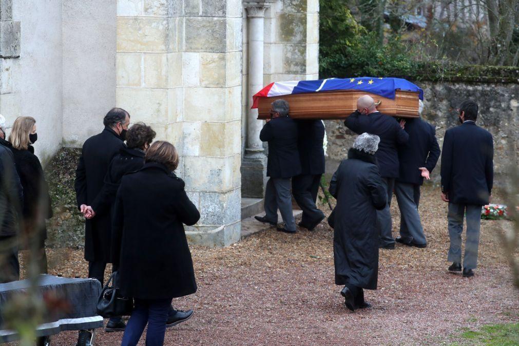 Funeral de Giscard d'Estaing decorreu hoje de manhã em privacidade