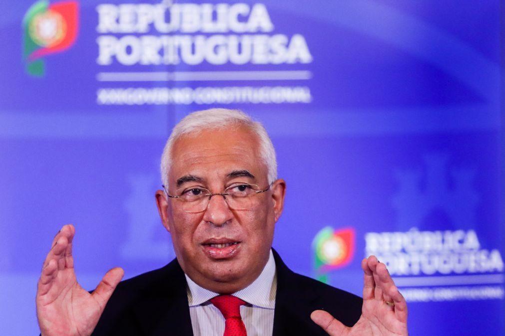 Covid-19: Governo ouve e informa sempre previamente o Presidente da República