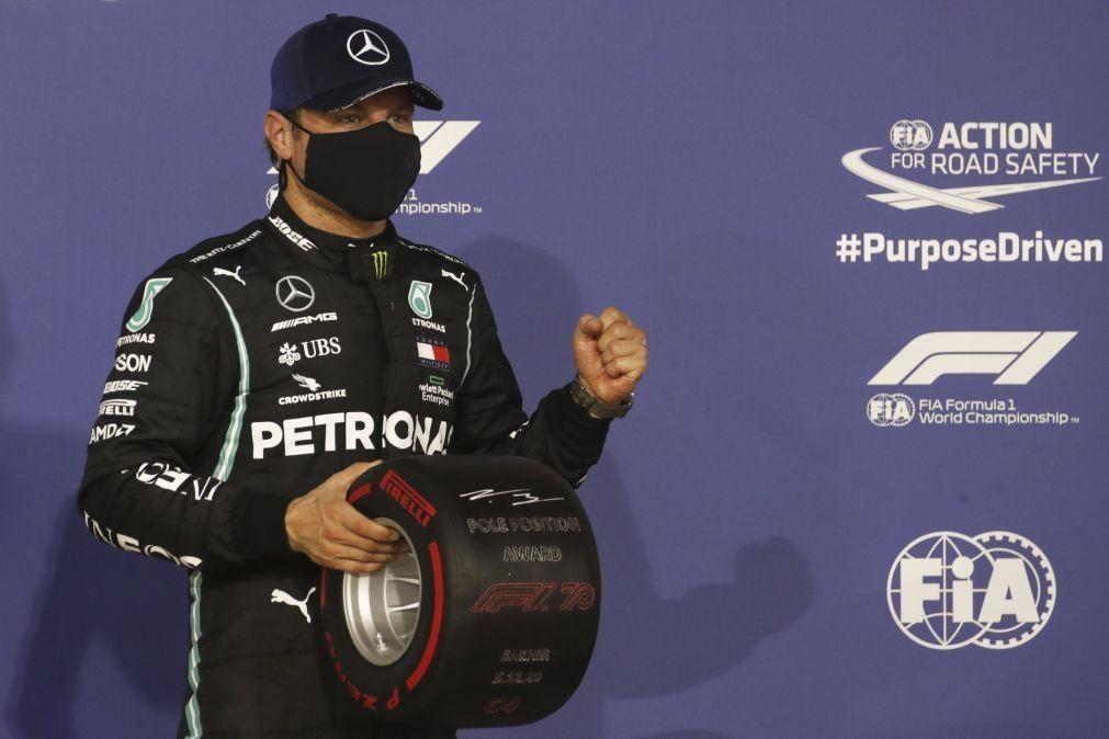 Valtteri Bottas conquista pole na ausência de Hamilton