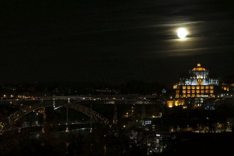 Centro Histórico do Porto deve ser pensado para lá da fachada - investigadores