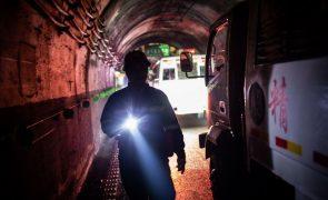 Número de mortos no acidente em mina de carvão na China sobe para 23