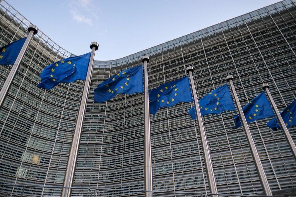 Brexit: Negociadores da UE e britânicos iniciam novos esforços para evitar fracasso
