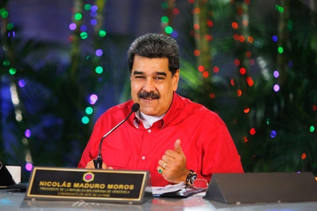 Maduro votou e apela ao debate para ultrapassar divergências