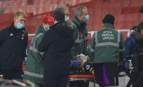 Raúl Jiménez deixa o hospital e regressa a casa