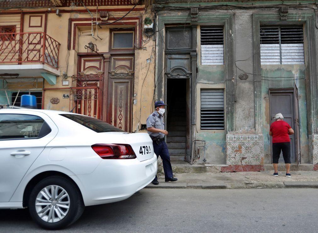 Artista cubana Tania Bruguera denuncia terceira detenção numa semana