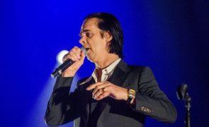 Covid-19: Digressão de Nick Cave com passagem por Lisboa foi cancelada