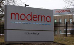 Covid-19: Ações da Moderna sobem 410% e as da BioNTech 258% desde março