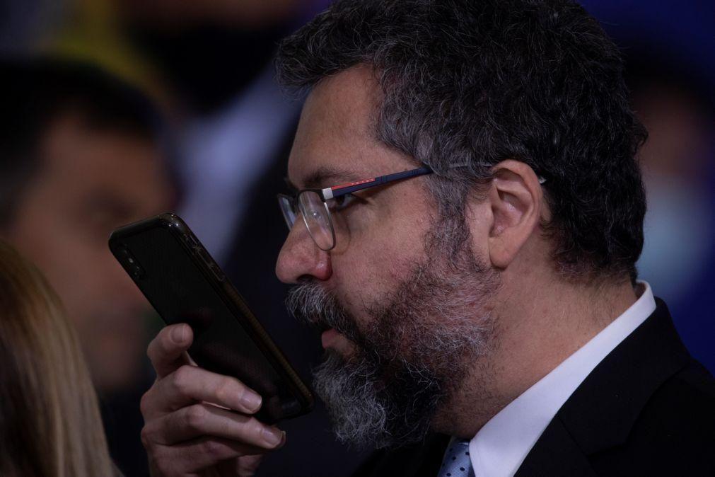 Ministro brasileiro diz que eleição parlamentar na Venezuela foi uma farsa